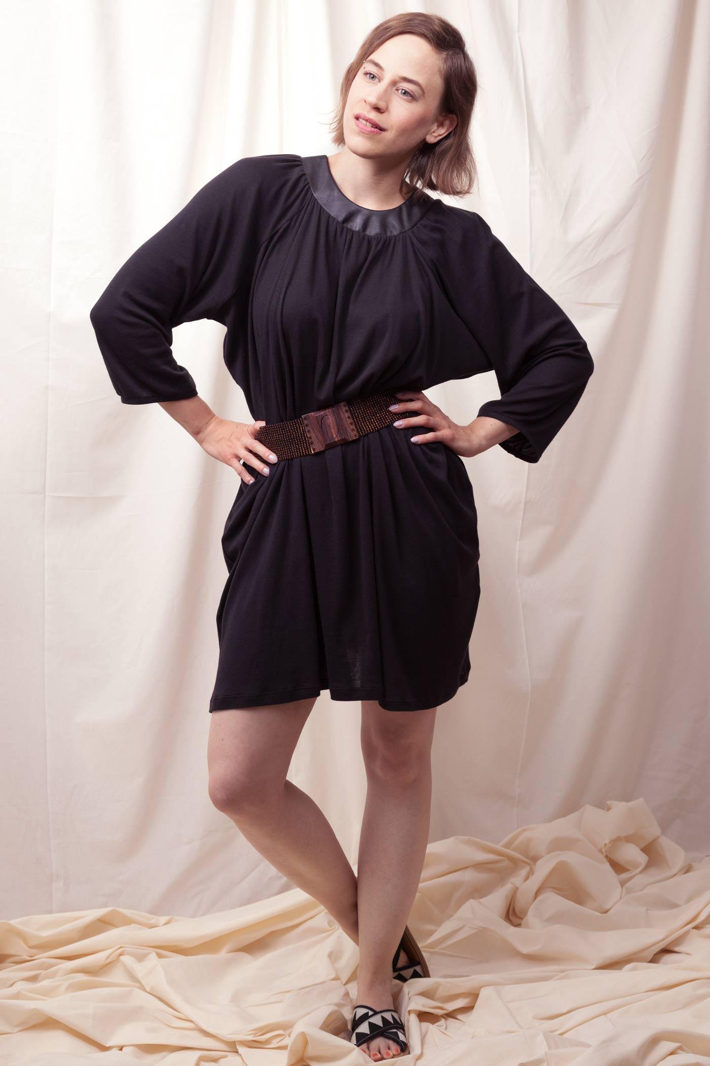 Weites Kleid aus Biobaumwolle fair hergestellt in Deutschland