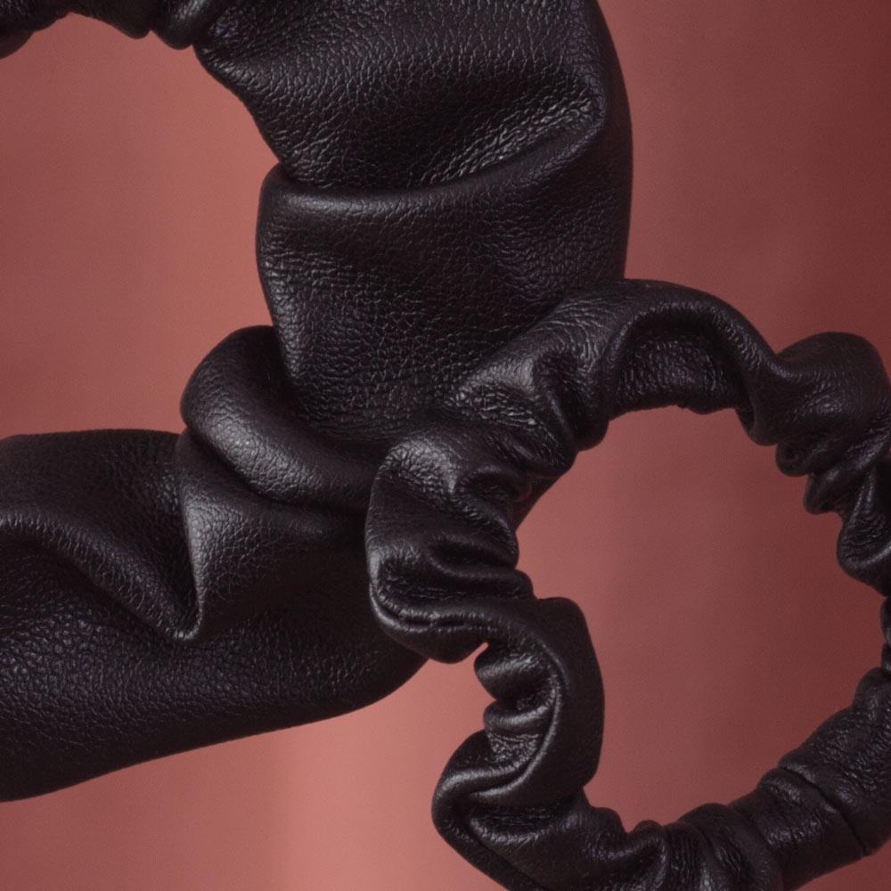 """Kunstleder Scrunchies """"The Knot"""""""