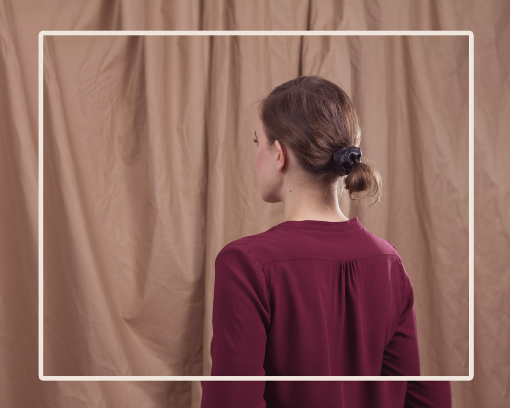 "Fair produzierte Kunstleder Scrunchies ""The Knot"""